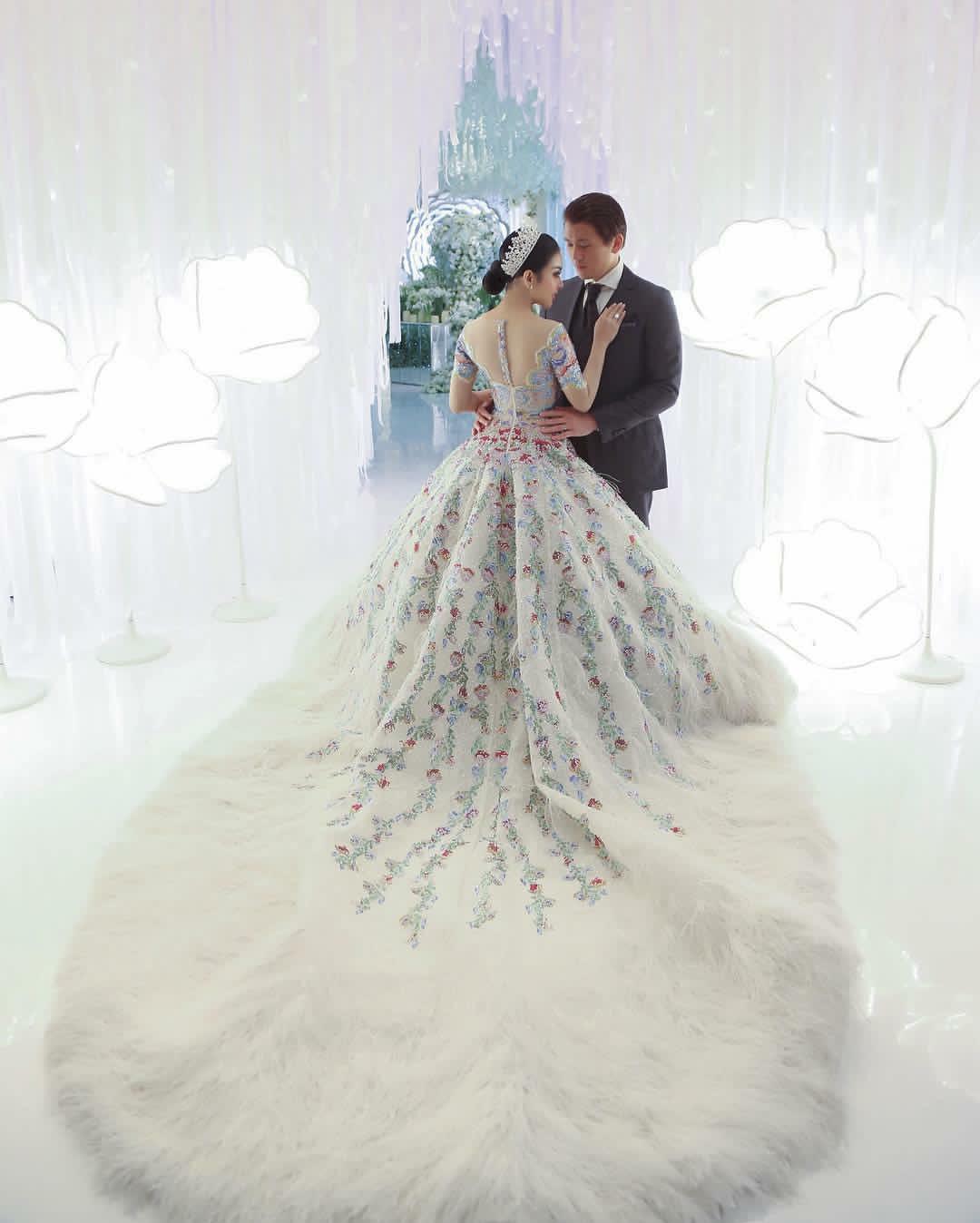 Dah Macam Wedding Diraja, Gaun Kahwin Eksklusif SYAHRINI Satu